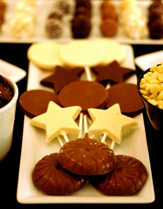 Holiday Chocolate Pops